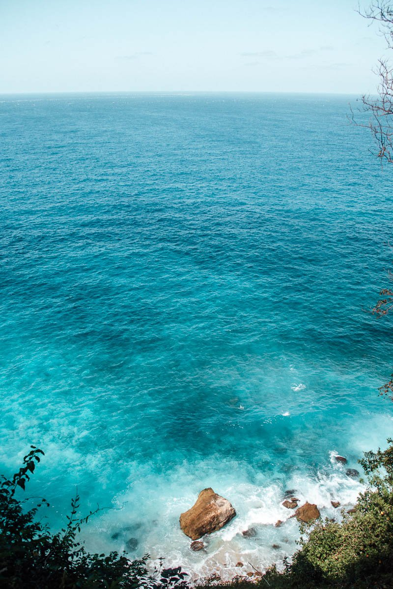 Turquoise blue water at Suwehan Beach