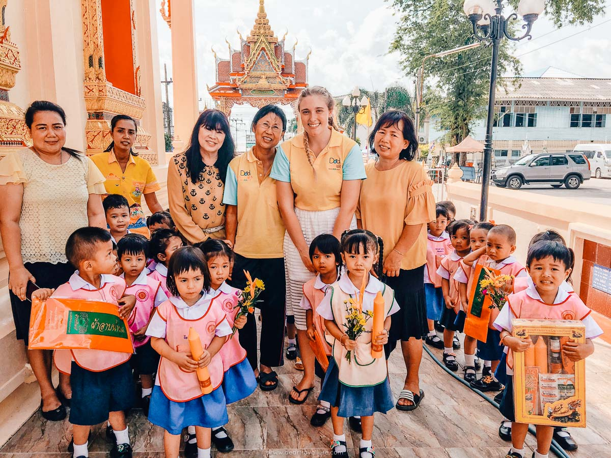 Tammy's Nursery School Visiting a Temple