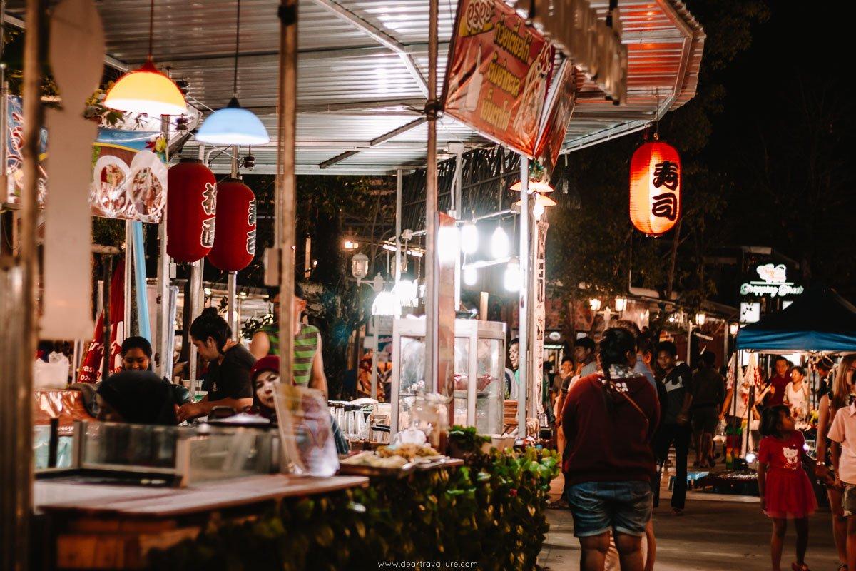 Stalls and locals at Cinta Garden Night Market