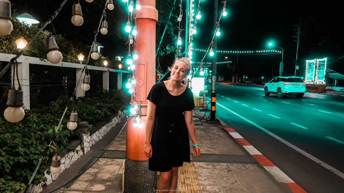 Walking around Hua Hin at Night