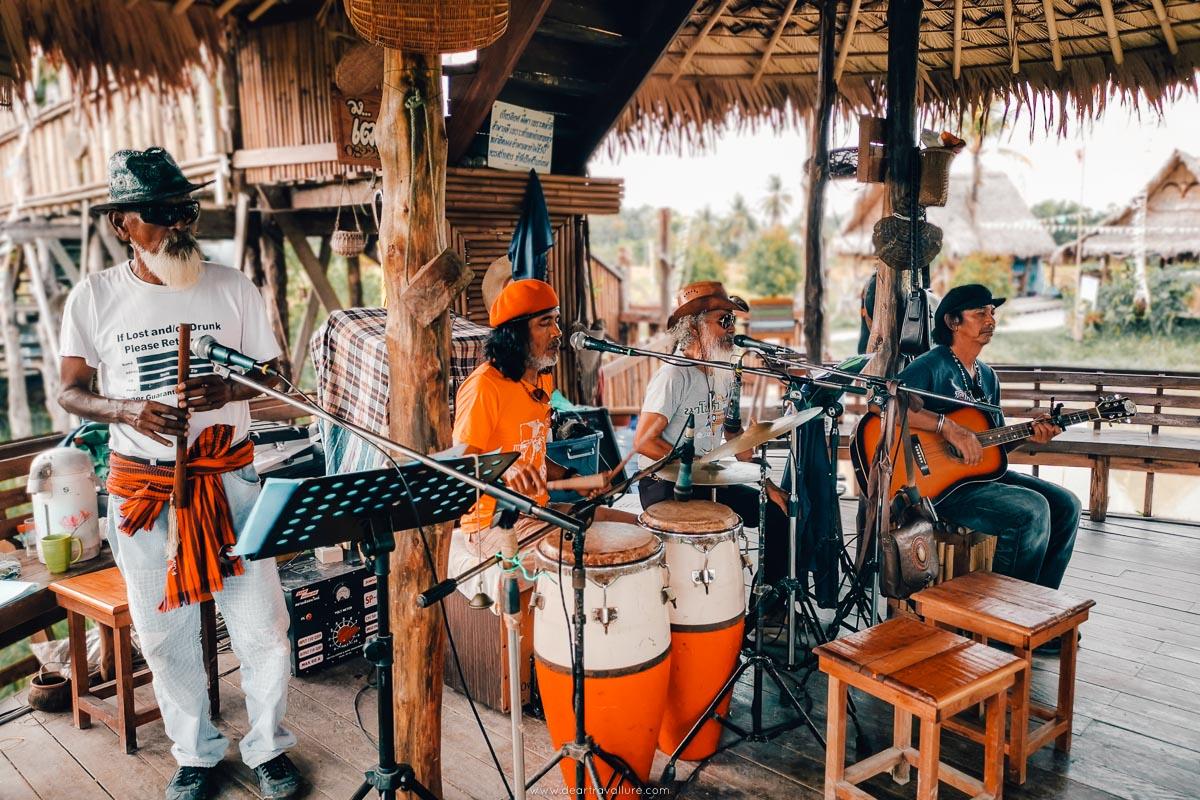 A live band at Napaoke