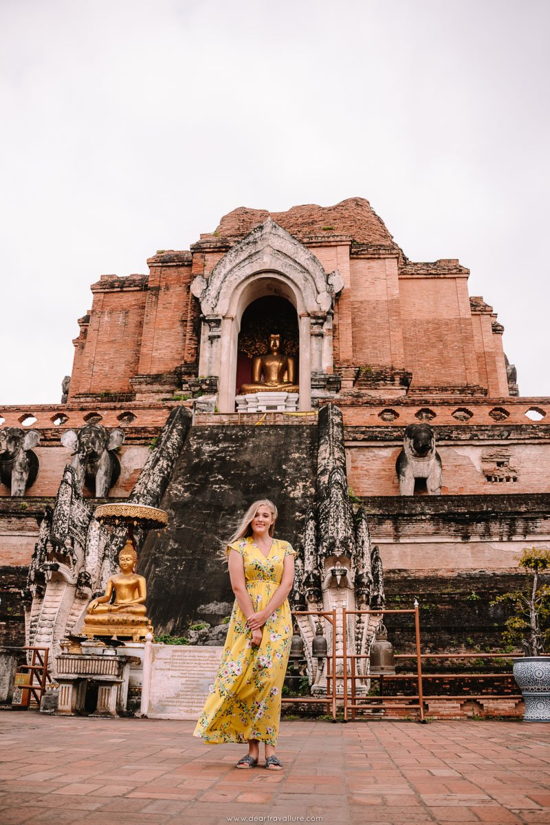 Tammy standing in front of wat Chedi Luang
