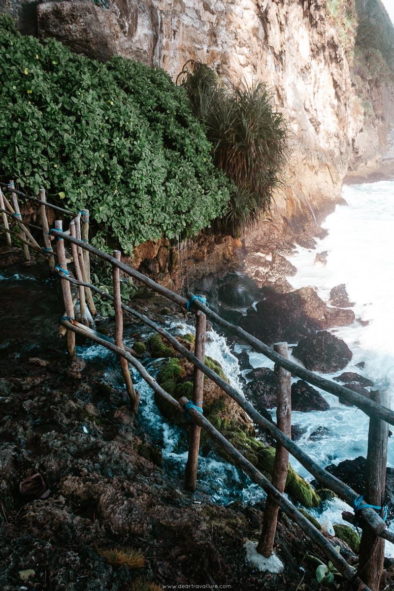 Cliff waterfall at Peguyangan